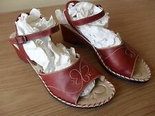 Ladies Pikolinos Red Strappy Shoes EU 40 UK 6.5 In Good Condition.