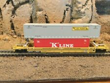 N Scale Walthers double stack well car w/containers TTX TRAILER TRAIN mtl cplrs