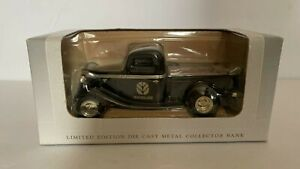 New Holland Christmas 1935 Ford Bank By SpecCast 1/25th Scale
