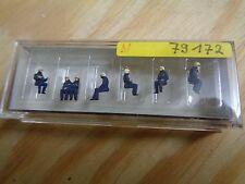 N 1:160 Preiser 79172 Sitzende Feuerwehrleute. Figuren. OVP