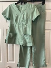 Women's Grey's Anatomy Professional WeaR Mint Green scrub set Xs and Small