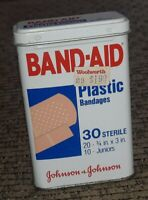 BAND-AID METAL TIN 30 PLASTIC BANDAGES 5614 5614AX Woolworths Price tag VTG OLD