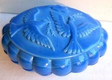 Boite à savon ovale en opaline bleue, Les Colombes, Vallérysthal ou Portieux