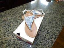 So memory foam girls sandal