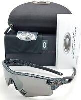NEW Oakley Radarlock Path sunglasses Carbon Fiber Black Prizm 9206-44 AUTHENTIC