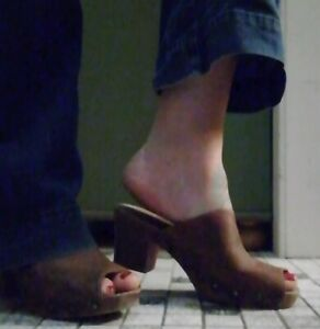 Plateau Pantoletten Holzclogs 40 41 gebraucht Leder Sammler Clogs Damen Schuhe