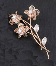 Filigree Flower Bouquet Brooch Gold from Equilibrium