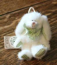 """Vintage Boyds Bears & Hares Lana Hoppennible White Jointed Bunny 4"""" Easter"""