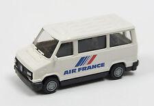 REVELL-PRALINÉ - Peugeot J5 - Air France  - unbespielt - OVP