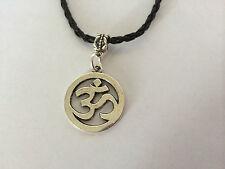 Plata Tibetana Om Ohm Aum YOGA Collar de cuero encanto símbolo hindi Omkara