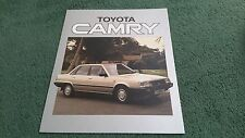 1984 1985 Toyota Camry 1.8 GL/2.0 Gli/Turbo D Reino Unido carpeta Folleto F Cruz