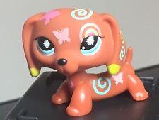 Littlest Pet Shop  Dachshund #1010 Puppy Dog Brown Tattoo Butterfly Blue Eyes