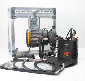 K5600 Joker 300 LED Bi Color Lighting Kit With Case - Free Shipping USA