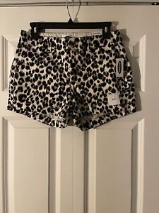 Old Navy everyday shorts mid rise size 2 animal print new with tags