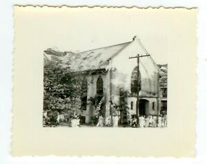 1940s China photo from missionary collection - church with group outside