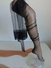 bas nylon a couture gerbe carnation +2 paires de bas nylon neuf