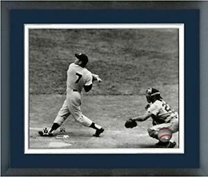 "Mickey Mantle New York Yankees MLB Action Photo (Size: 12.5"" x 15.5"") Framed"