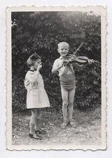 PHOTO ANCIENNE Musicien 1940 Violon Violoniste Portrait Enfant Jouer Archer