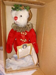 Holly Bear by Lenore DeMent Gund Barton's Creek Collection Christmas Still Boxed
