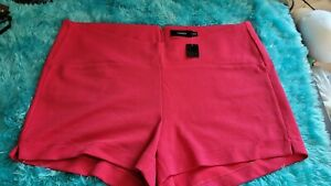Torrid Shorts  Women's Plus Size 26 Color  Pink  NWT  Zip Back