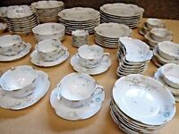 Haviland & Co. Limoges France Scalloped Floral Dinner Set - Schleiger 78-8