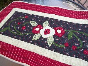 "Mary Engelbreit handmade Fabric Runner hand stitching Floral Applique 17 x 33"""