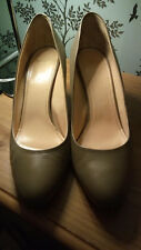 Bally women's leather pump in taupe - UK size 41/US size 10.5