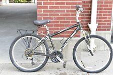 2010 Cannondale Adventure 3 Hybrid Comfort Bike Medium