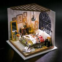 ROBOTIME Schlafzimmer Puppenhaus Miniatur Möbel Licht Handgemachtes Spielzeug