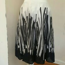 Gerry Weber cotton pleated flared black & white skirt size 42 - U.S. 12, EUC