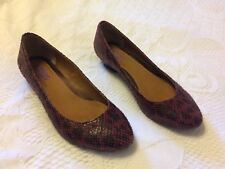 0936341e690a CLARKS INDIGO FLATS LOW HEELS SHOES WOMENS RED BLACK SNAKE PRINT SIZE 8.5 M  NWOB