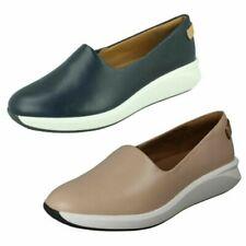 Ladies Clarks Slip On Casual Shoes 'Un Rio Step'