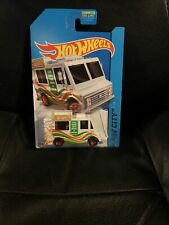 Hot Wheels 2014 HW City Works #9  Ice Cream Truck White w/ Pizza Tampos & 5SPs