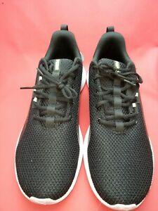 Puma Tishatsu Men's Runners Size US 9, UK 8, EU 42 (color black white)