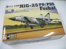 Kitty Hawk KH80119 1/48 MIG-25 P/PD Foxbat
