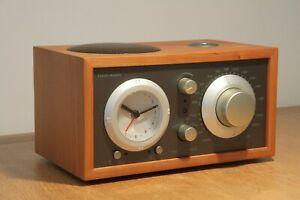 Radio Tivoli Model Three Radiowecker kirschbaumfarben optisch und technisch TOP