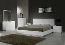 Naples White Bedroom Set in King Size by J&M Furniture - 5 Pieces