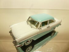 CDC DETAILCARS 380 FORD TAUNUS 17M COUPE - WHITE 1:43 - VERY GOOD CONDITION - 71