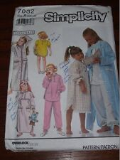 SIMPLICITY #7032-GIRLS 2 LENGTH NIGHTGOWN-PAJAMAS-BABY DOLL-ROBE PATTERN 3-6X FF