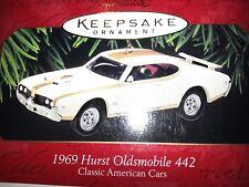 1997 HALLMARK Keepsake 1969 HURST OLDSMOBILE 442 Classic Car CHRISTMAS ORNAMENT