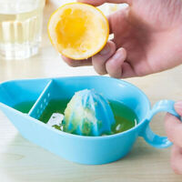 1Pc Plastic Kitchen Fruit Tool Manual Juicer Lemon Squeezer Lime Citrus Juicer -