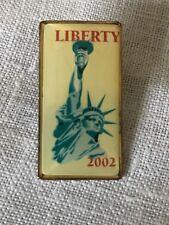 VS- LIBERTY 2002 PIN (STATUE OF LIBERTY HOLDING TORCH)   #48402
