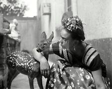 MEXICAN PAINTER FRIDA KAHLO AND PET DEER GRANIZO - 8X10 PHOTO (FB-969)