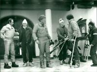 Ted Kennedy (c) with a group of skier - Vintage photograph 2636044