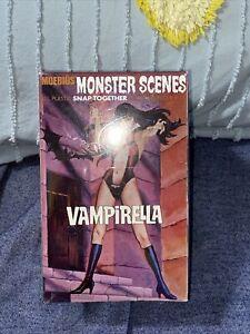 Aurora Moebius Vampirella Monster Scenes model 1/13  Scale Sealed
