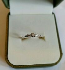 NEW..STUNNING 9ct White Gold Diamond Solitaire look ring. Size P. Dia clarity 12