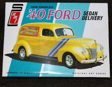 AMT '40 Ford Sedan Delivery 1:25 Scale Plastic Model Kit #769