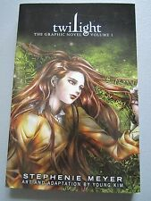 Twilight The Graphic Novel Vol 1 by Stephenie Meyer (2012, Paperback) NEW
