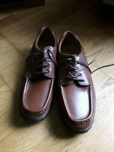 mens clarks leather cushion cell lace up shoes size 9.5H