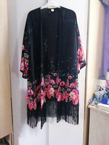 Floral Tasseled Kimono Size 24
